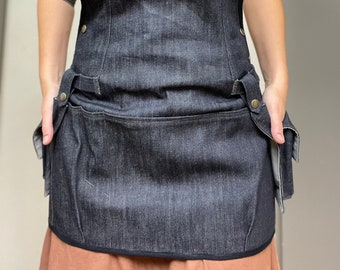 Woman at Work Cargo Apron with Detachable Pockets