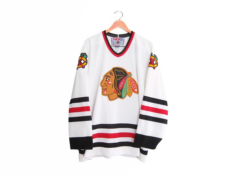 official photos de44b 01a39 vintage hockey jersey / Chicago Blackhawks / 90s sportswear / 1990s Chicago  Blackhawks CCM home jersey XXL