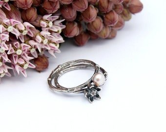 Milkweed and pearl ring set - Asclepias and twig ring