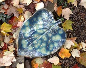 Green Leaf and Raindrops Ceramic Garden Sculpture
