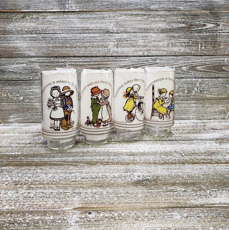 American Greetings Vintage Kitchen 1970/'S Vintage Holly Hobbie Glasses Limited Edeition Holly Hobbie Happy Talk Glass Tumblers Coca Cola