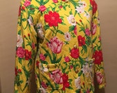 Adrienne Vittadini Size Large Quilted Jacket Bright Flowers On Yellow