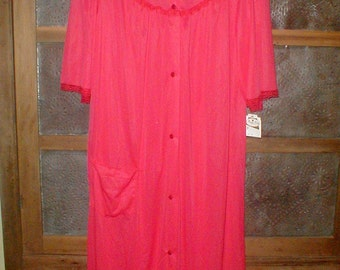 655494392f Nancy King Lingerie Size Medium Nylon Robe  Lipstick Red  With Tags