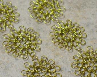 knit wire earrings -- trio in peridot