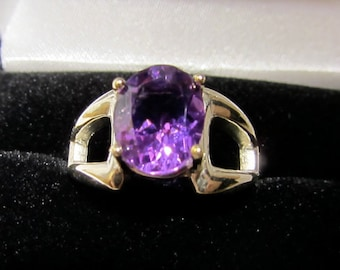 Large Amethyst Solitaire Sterling Silver Ring, Sz 7.5