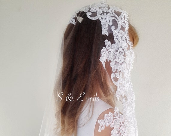 Holy Communion Lace Veil, white communion veil, first catholic communion veil