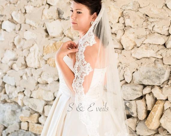 Wedding veil, bridal veil, wedding veil ivory, wedding veil lace trim
