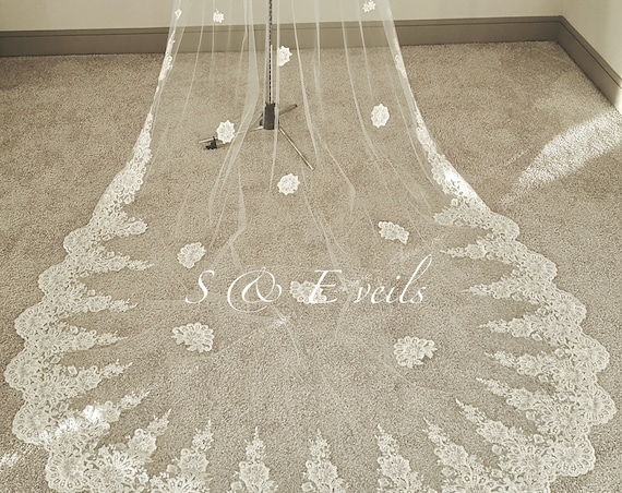 Cathedral length veil with lace and appliques | wedding veil