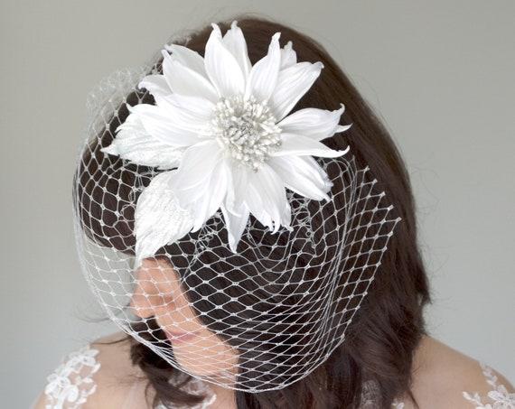 Birdcage veil with Rhinestone