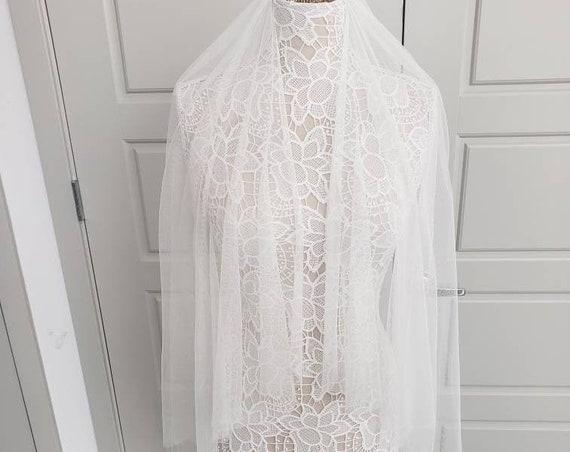 Angel Cut English Veil, wedding veil, bridal veil, wedding veil ivory, wedding veil english, english bridal veil, fingertip angel cut veil