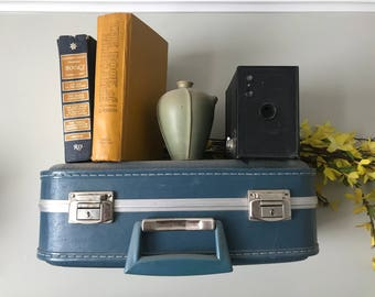 Vintage Suitcase Shelves, Small Suitcase Shelves, Travel Themed Decorations, Suitcase Shelf Small, Vintage Display Shelving, Custom Orders