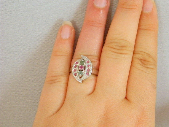 Emerald and Ruby Ring, Vintage Sterling Silver Em… - image 4
