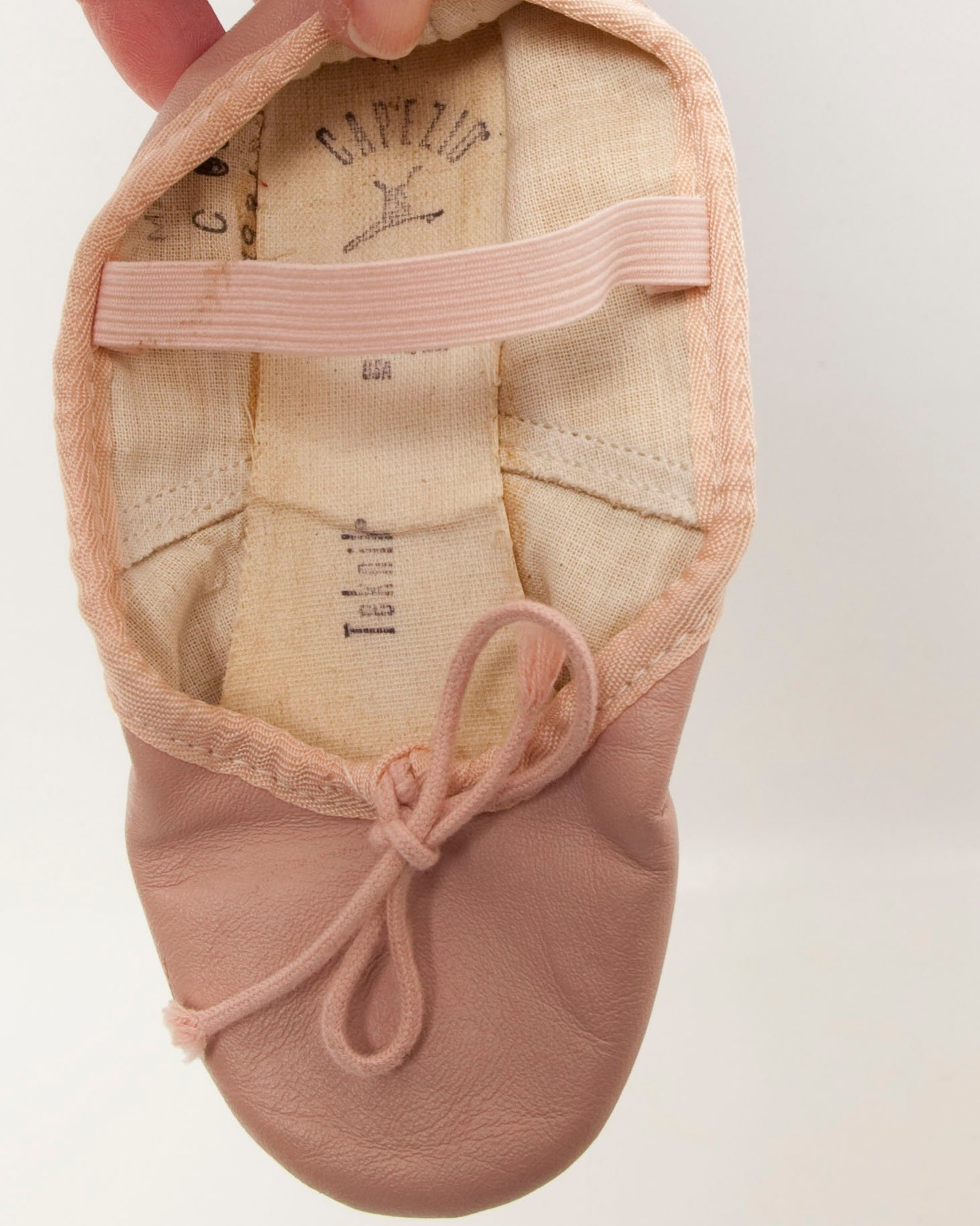 capezio teknik pink ballet slippers youth size 10 full sole leather ballet shoes dance shoes usa made ballerina footwear dance c