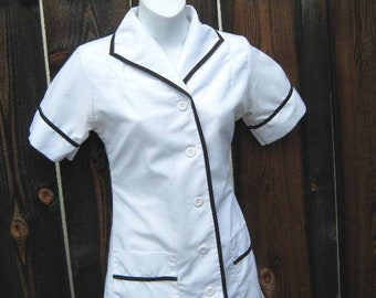 030234288dd7 Women's XS-Small Vintage Uniform Top; White with Black Piping & Short  Sleeves; Pockets; Flawed; Waitress/Maid/Diner Mini Dress