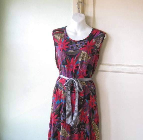 778a352ac838 Red Black Purple Floral Print Maxi Dress MuuMuu Women s