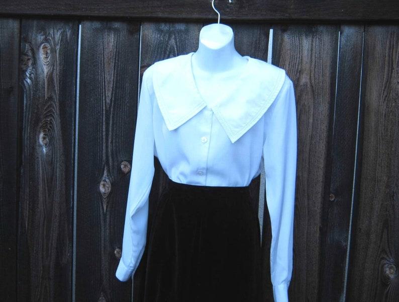 Puritan-Style Collar; Size 10 Late /'80s-/'90s Vintage SecretaryLibrarianTeacherPoet Shirt Flowy Off-White Blouse with Large