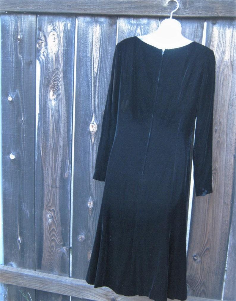 Black Velvet Dress; Women/'s Small Boatneck Long-Sleeved A-Line PartyEventDanceHoliday Dress