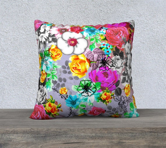 Beautiful Large Vintage Floral Velveteen Pillow Cushion Cover, Sofa  Cushion, Accent Cushion, Large Pillow, Colourful, Pretty, Spring Flowers