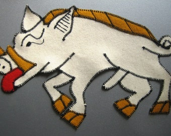 White Boar Livery Badge of Gloucester, Sew-on, Machine Sewn. FREE UK postage