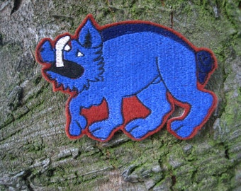 Medieval Heraldic Livery Badge / Motif, Blue Boar of Oxford, Iron On, Machine Embroidered.  FREE UK postage