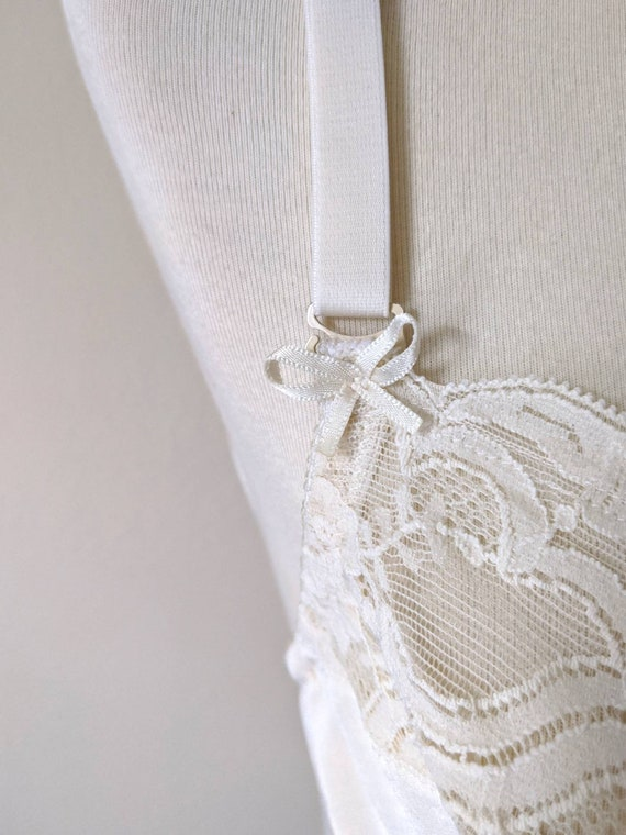 Vintage VANITY FAIR Bra, Backless Corset top Lace… - image 9