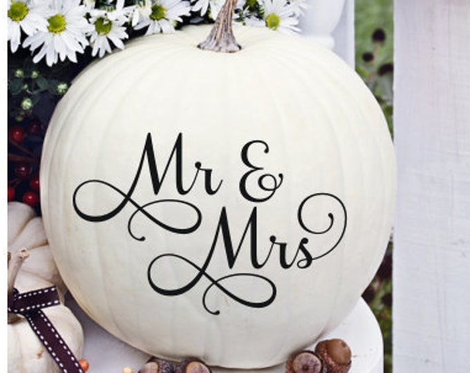 Mr and Mrs Decal Wedding Decal Small Wedding Decor Small Decal for Wedding Chalkboard Wedding Decal Vinyl Decal Mr and Mrs Wedding Decor DIY