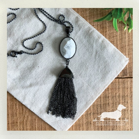Howlite Fringe. Necklace