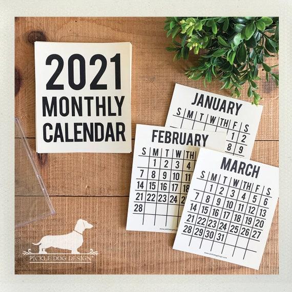 2021. Desktop Calendar
