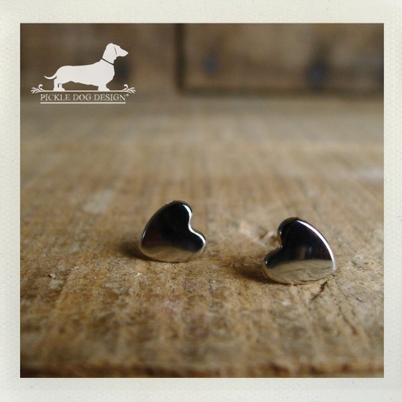 DOLLAR DEAL! I Heart You. Silver Heart Post Earrings