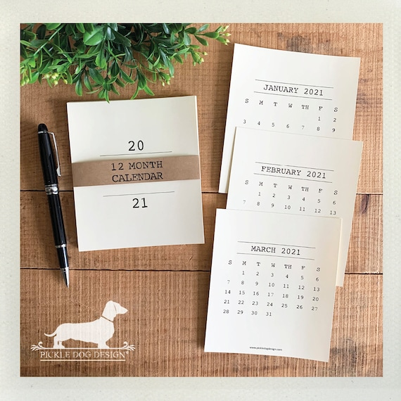 Minimalist. 2021 Desktop Calendar