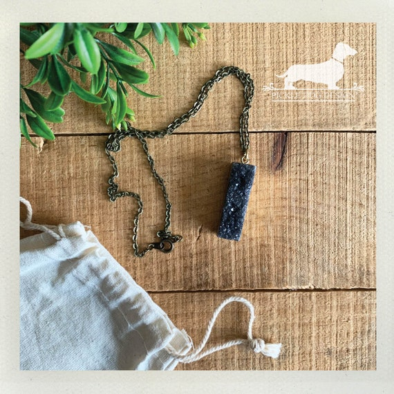 Druzy Bar. Necklace