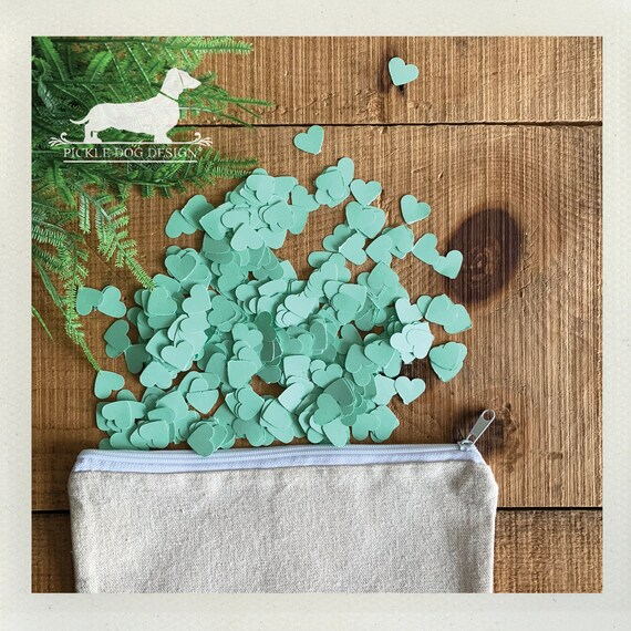DOLLAR DEAL! Mint. Heart Confetti (250 Count)