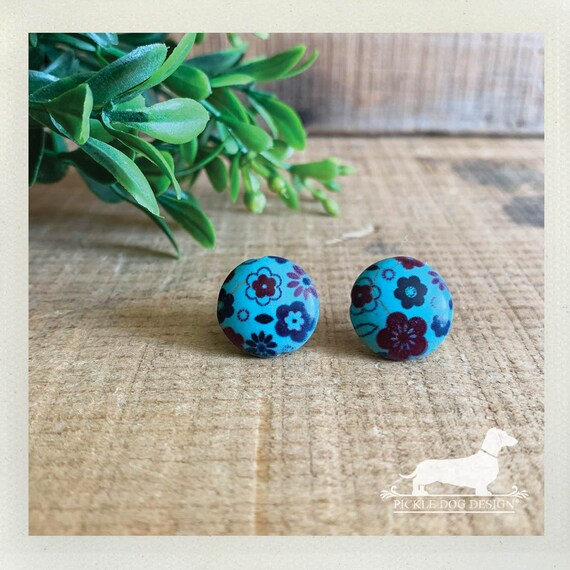 DOLLAR DEAL! Floral Turquoise. Post Earrings