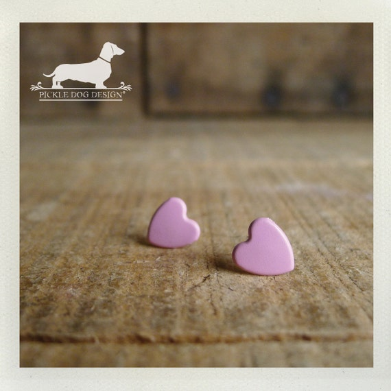 DOLLAR DEAL! I Heart You. Pink Heart Post Earrings
