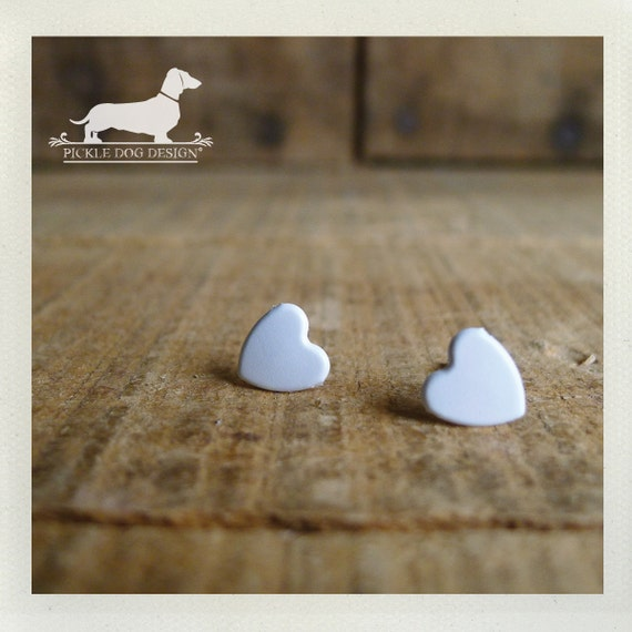 DOLLAR DEAL! I Heart You. White Heart Post Earrings