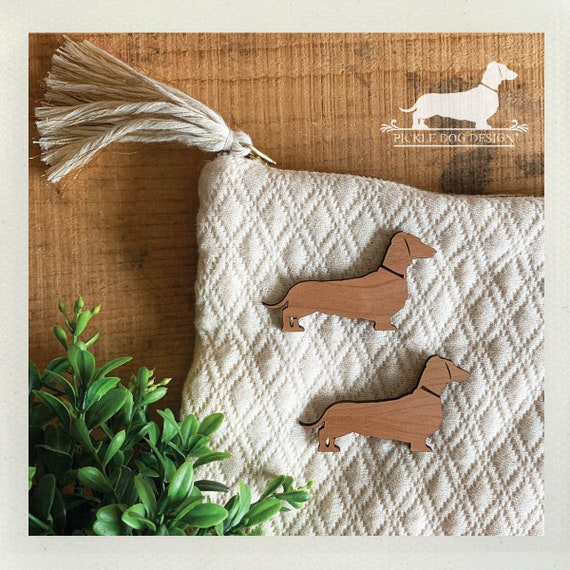 LAST CHANCE! Imperfect Wood Doxie. Magnet