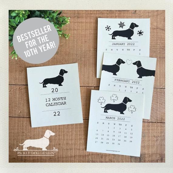 Doxie Love. 2022 Desktop Calendar