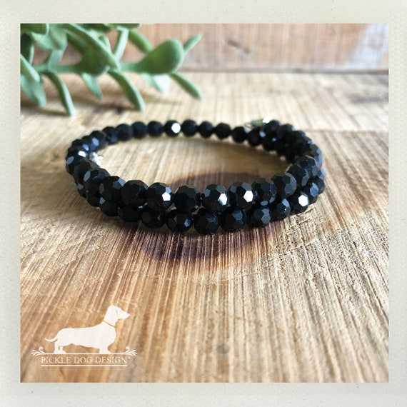 DOLLAR DEAL! Black Gem. Bracelet