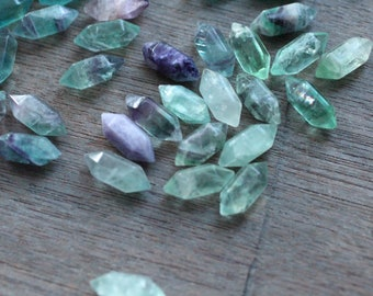 Set of 10 Fluorite Small Double Terminated Carved Point M56