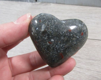 African Bloodstone Stone Heart 2.56 oz #5418 cc