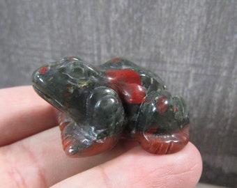 African Bloodstone Stone 1.5 inch Frog Figurine Fig105