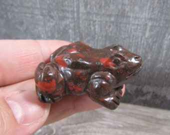 Spotted Red jasper 1.5 inch Frog Figurine Fig106