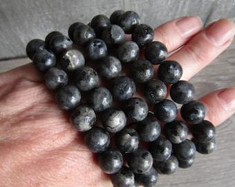 Lavarkite 10 mm Round Stretchy String Bracelet G14