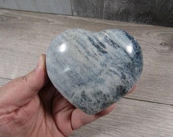 Blue Quartz Heart 10.5 oz # 8031 cc