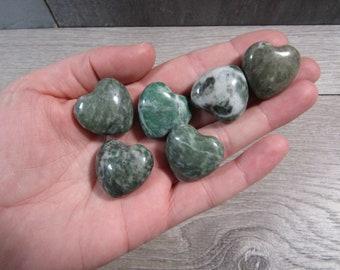 China Jade Shaped Heart K410
