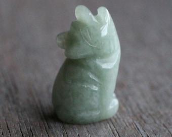 Aventurine Stone Howling Wolf Figurine F284