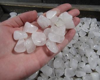 Snow Quartz Small / Medium Tumbled Stone T482