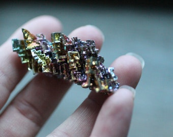 Bismuth Crystal bi on the periodic table 19.4 g #5056