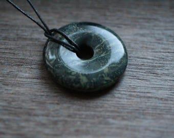 40 mm Kambaba Jasper Pi Stone Donut V12A2