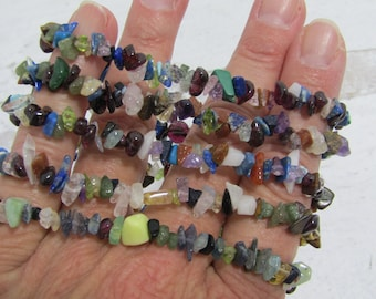 Multi Stone Chip Bracelet G265